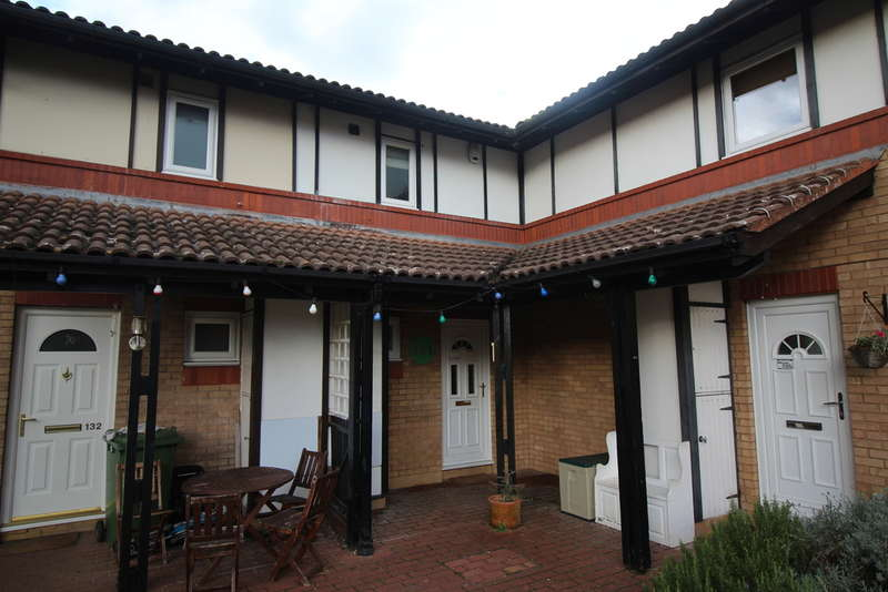 4 Bedrooms Terraced House for sale in Welbourne, Werrington, Peterborough, PE4 6NQ