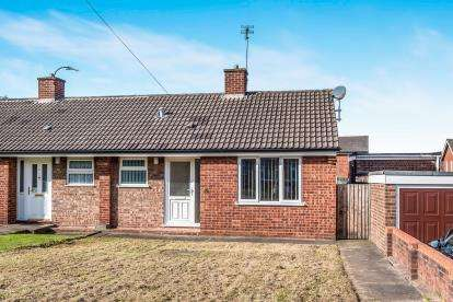 1 Bedroom Bungalow for sale in Lincoln Drive, Cannock, Staffordshire