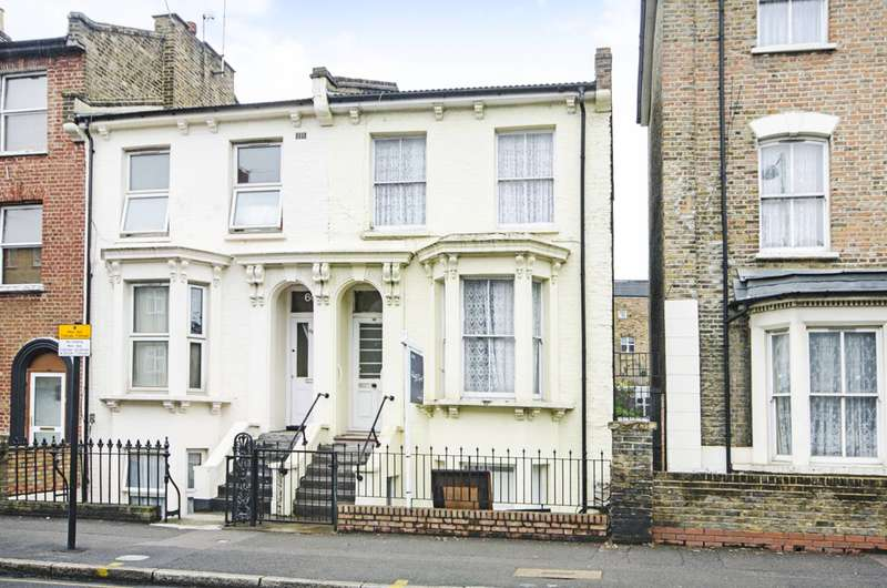 3 Bedrooms Flat for sale in Cricketfield Road, Hackney, E5
