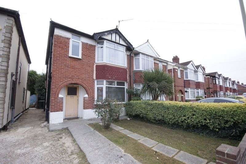 3 Bedrooms Semi Detached House for sale in Albemarle Avenue, Gosport, PO12