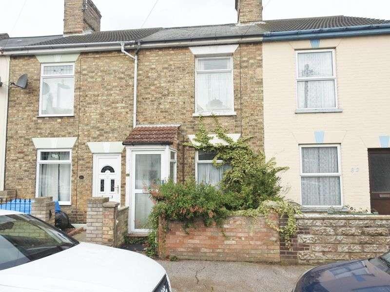 3 Bedrooms Terraced House for sale in St. Leonards Road, Lowestoft