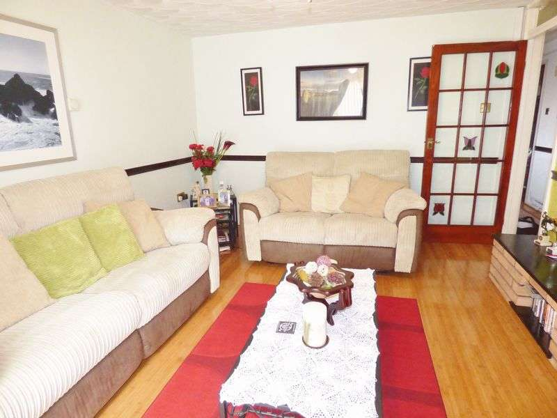 3 Bedrooms House for sale in St. Elphin's Close, Warrington