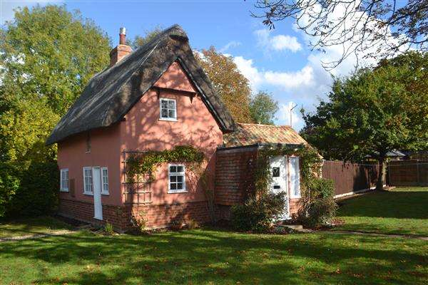 2 Bedrooms Detached House for sale in The Old Meeting House, 20 West Street, Great Gransden, Cambridge