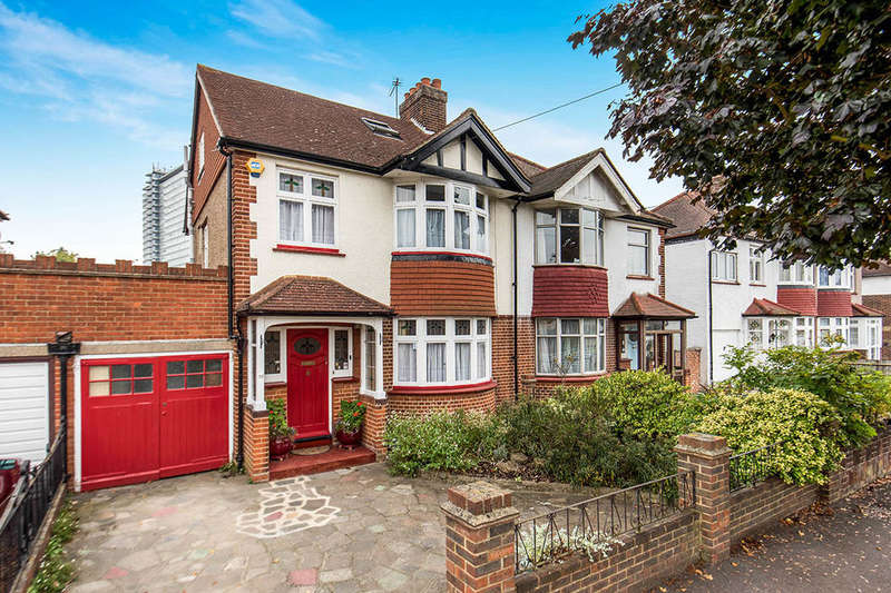 4 Bedrooms Semi Detached House for sale in Oakleigh Avenue, Surbiton, KT6