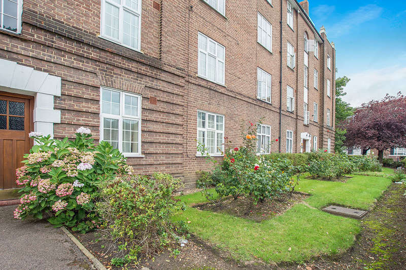 2 Bedrooms Flat for sale in Norbiton Hall London Road, Kingston Upon Thames, KT2
