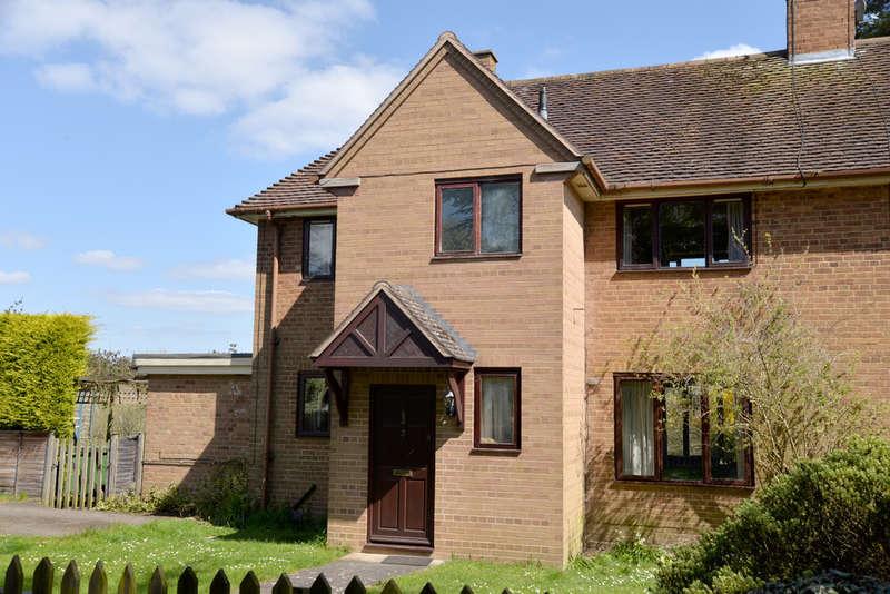 3 Bedrooms Semi Detached House for sale in Little Kineton, Warwick