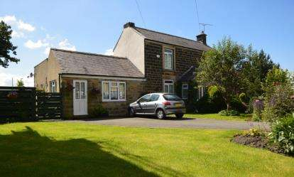 4 Bedrooms Detached House for sale in Hilltop Road, Dronfield, Derbyshire