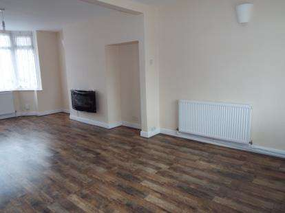 3 Bedrooms Terraced House for sale in Burnaby Road, Radford, Coventry