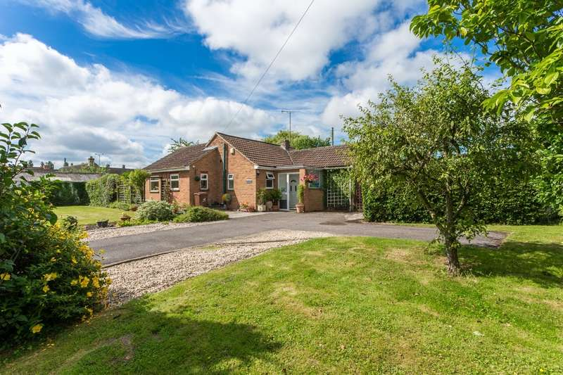 3 Bedrooms Detached Bungalow for sale in Stoke Orchard