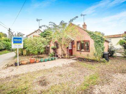 1 Bedroom Bungalow for sale in Salhouse, Norwich, Norfolk