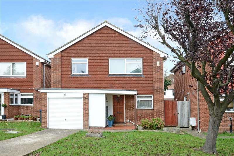 4 Bedrooms Detached House for sale in Kingswood Close, New Malden, Surrey, KT3