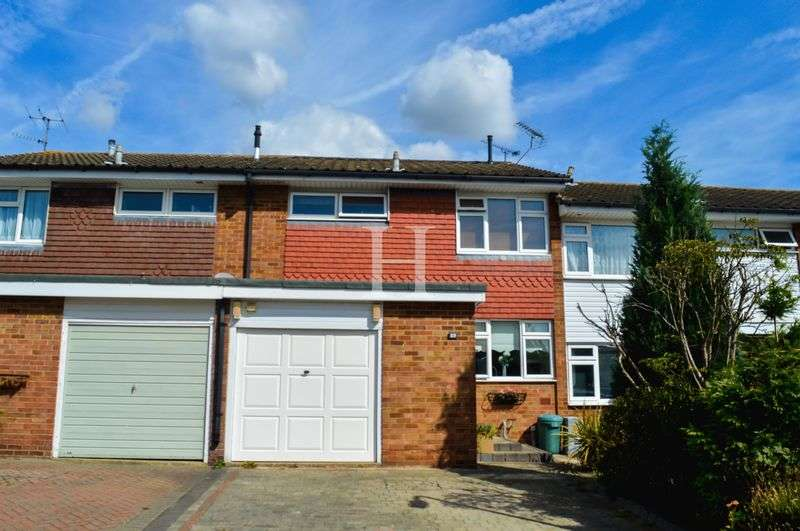 3 Bedrooms Terraced House for sale in Grangeway, Thundersley, Essex, SS7