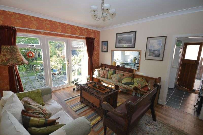 3 Bedrooms Detached House for sale in Linden Road, Parkstone, Poole