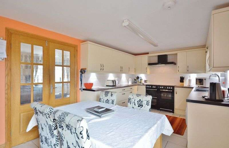 5 Bedrooms Terraced House for sale in Montreal Close, Cleator Moor