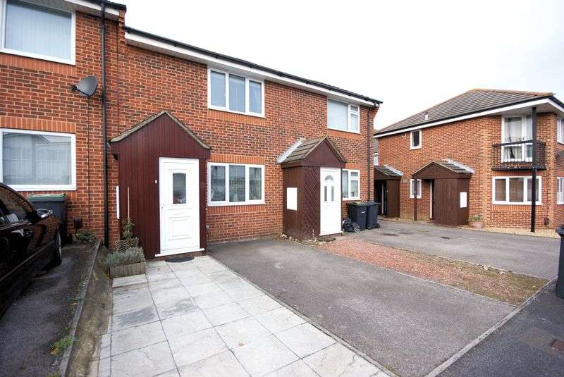 2 Bedrooms Terraced House for sale in Alver Bridge View, Gosport