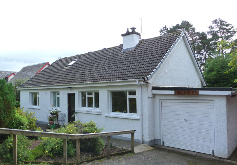 4 Bedrooms Detached House for sale in Kingussie, PH21 1EZ