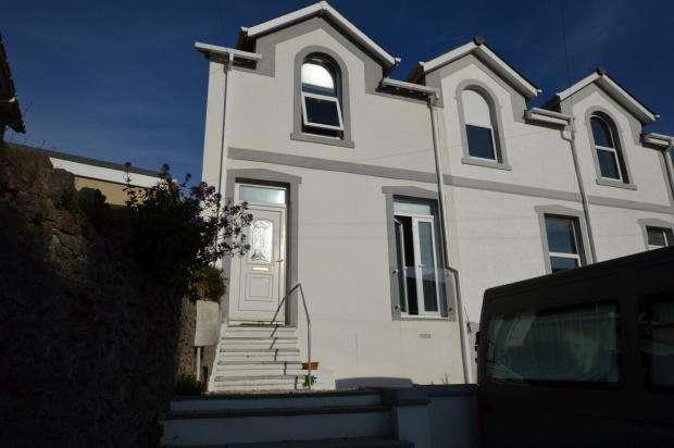 3 Bedrooms Semi Detached House for sale in Shirburn Road, Torquay, Devon