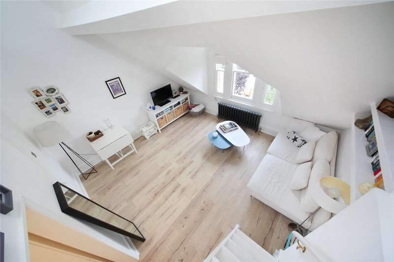 1 Bedroom Flat for sale in Bolingbroke Grove, Battersea, London, SW11