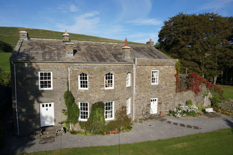 5 Bedrooms Detached House for sale in Rigg House With Cottage, Near Hawes