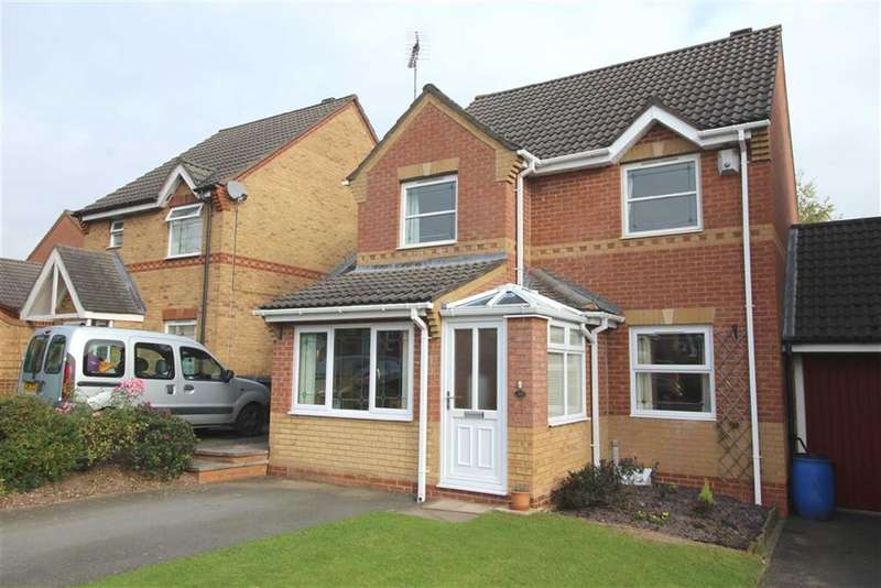 3 Bedrooms Property for sale in Appletree Lane, Brockhill, Redditch, Worcestershire, B97