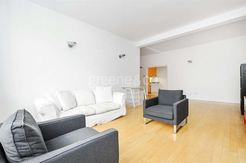 2 Bedrooms Flat for sale in Clerkenwell Road, London, EC1M
