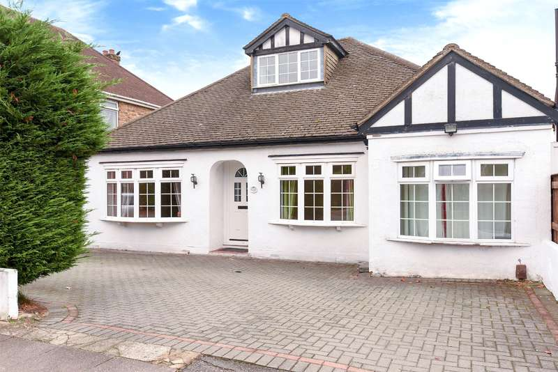 5 Bedrooms Bungalow for sale in Lime Grove, Ruislip, Middlesex, HA4