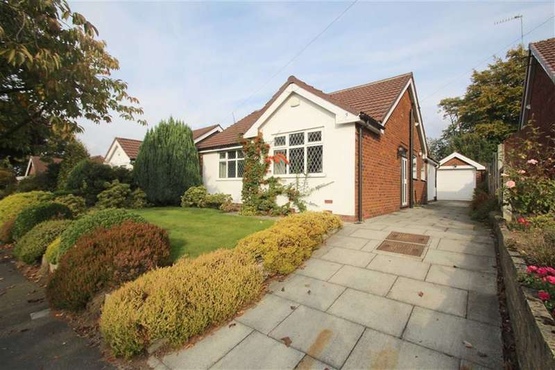3 Bedrooms Property for sale in Briony Avenue, Hale, Altrincham