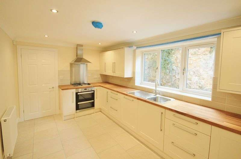 4 Bedrooms Detached House for sale in Grove Heights, Milton Hillside, Weston super Mare