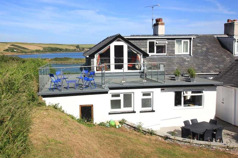4 Bedrooms Semi Detached House for sale in Water's Edge, Dale, Haverfordwest, Pembrokeshire