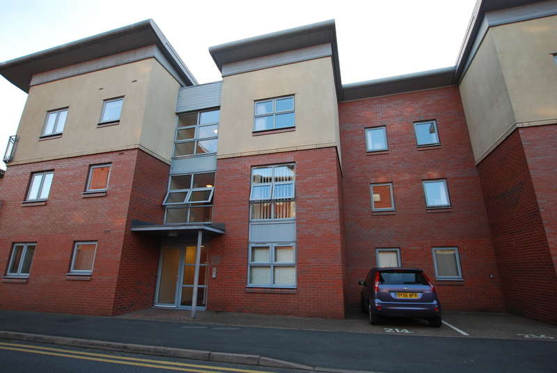 2 Bedrooms Flat for sale in The Leadworks, Chester