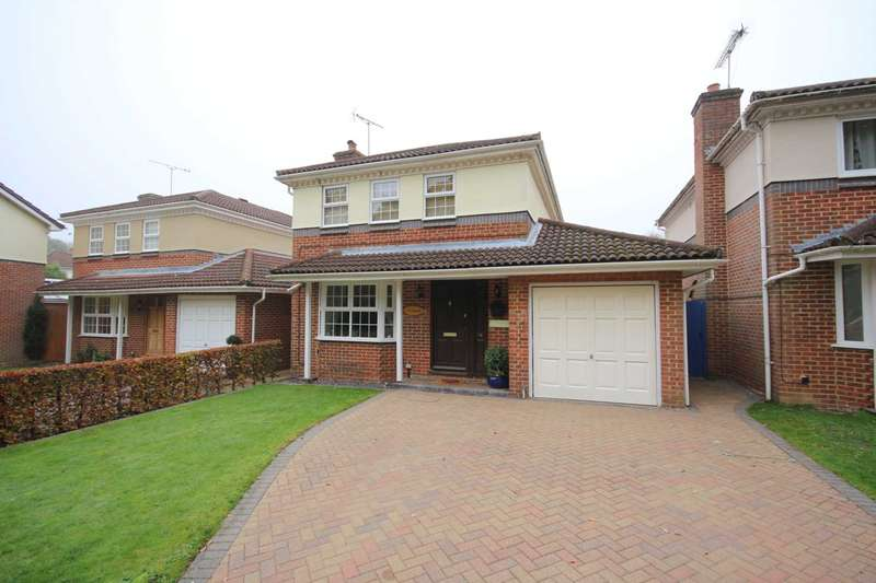 4 Bedrooms Detached House for sale in Penwood Gardens, Bracknell
