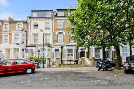 2 Bedrooms Flat for sale in St. Julians Road, London NW6