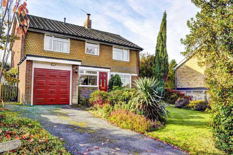 4 Bedrooms Detached House for sale in Naphill