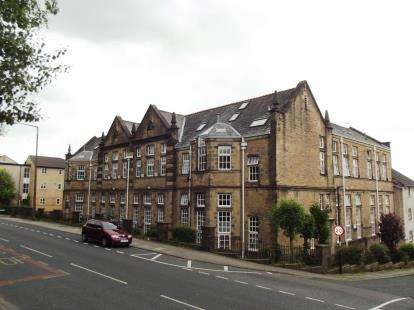 2 Bedrooms Flat for sale in The Hastings, Lancaster, Lancashire, LA1