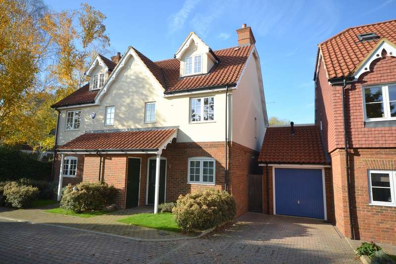 3 Bedrooms Semi Detached House for sale in Ottershaw