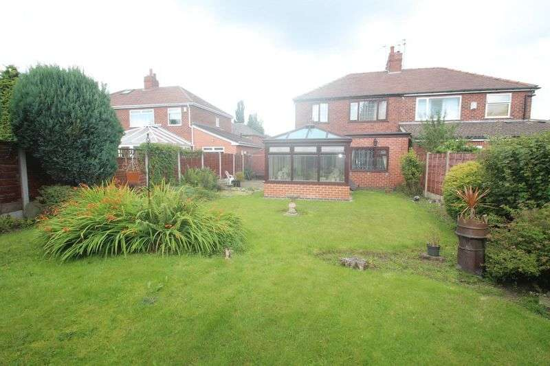 3 Bedrooms Semi Detached House for sale in Lonsdale Avenue, Rochdale OL16 5HP