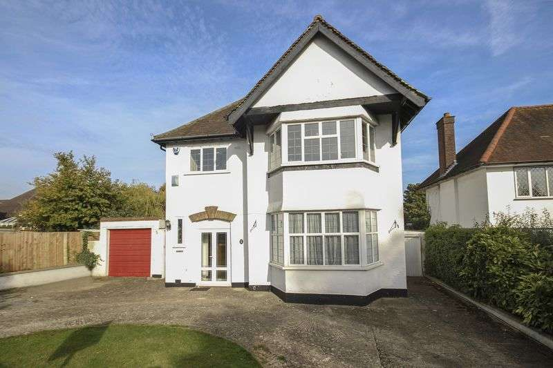4 Bedrooms Detached House for sale in CARSHALTON BEECHES