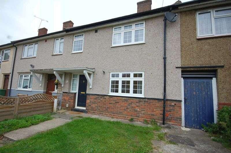 3 Bedrooms Terraced House for sale in Home Gardens, Dagenham