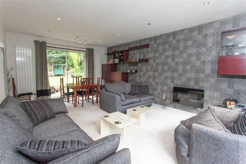3 Bedrooms Link Detached House for sale in Chorley New Road, Heaton, Bolton, Lancashire