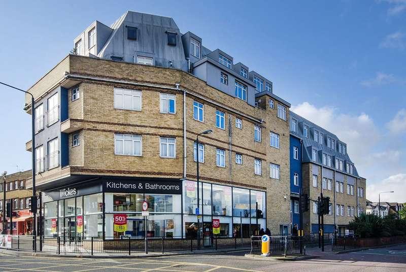 2 Bedrooms Flat for sale in Station Road, Harrow, HA1