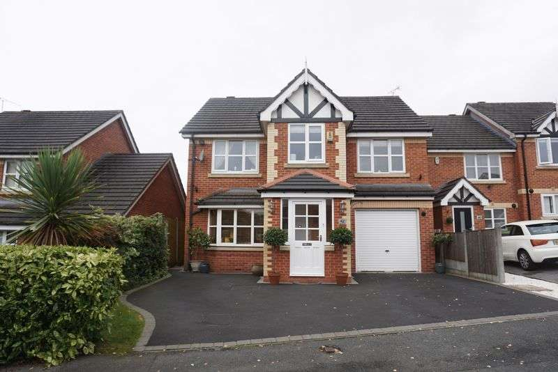 4 Bedrooms Detached House for sale in Briars Mount, Heaton Mersey