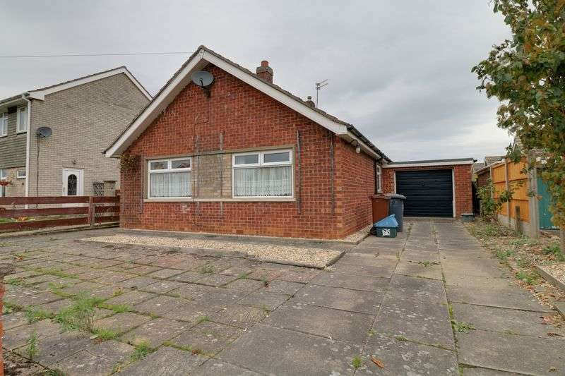 2 Bedrooms Bungalow for sale in Wendover Road, Scunthorpe