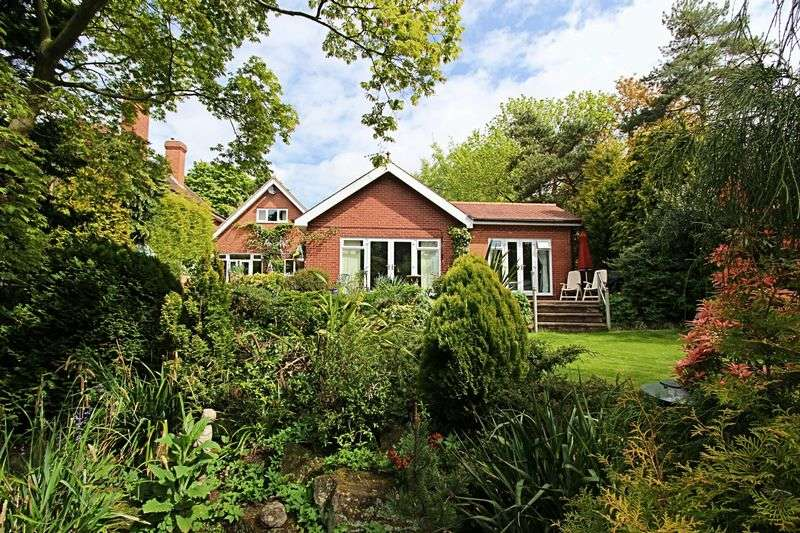 4 Bedrooms Detached House for sale in Melton Road, North Ferriby