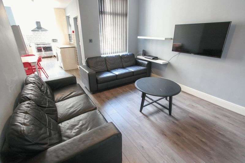 6 Bedrooms Property for rent in Ridley Road, Liverpool (2017-18 Academic Year)