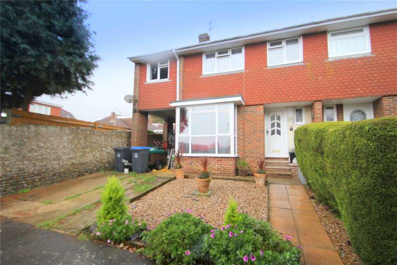 5 Bedrooms Semi Detached House for sale in Carisbrooke Close, North Lancing, West Sussex, BN15