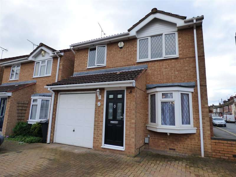 3 Bedrooms Property for sale in Printers Way, Dunstable