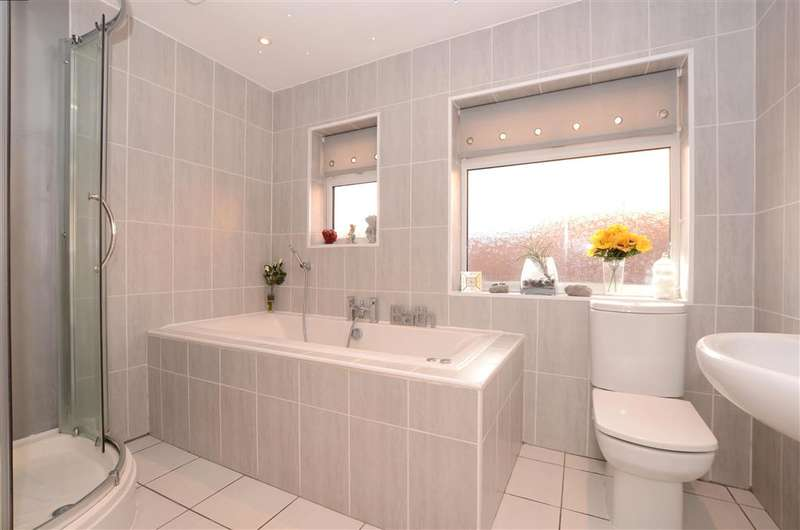 4 Bedrooms Detached House for sale in Falmer Road, Brighton, East Sussex