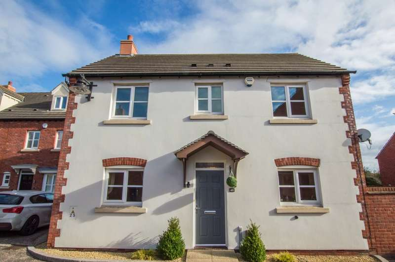 3 Bedrooms Detached House for sale in Ferndale Close, Longlevens, Gloucester, GL2 9RT