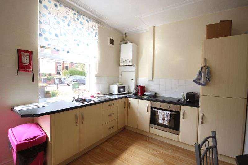5 Bedrooms Terraced House for rent in Grimthorpe Place, Leeds