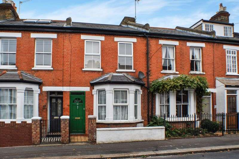 3 Bedrooms Terraced House for sale in Stanley Gardens Road, Teddington